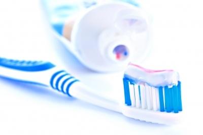 Nadwrażliwe zęby – jak o nie dbać?