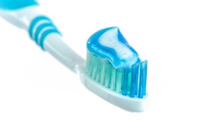 Nie omijaj wieczornego mycia zębów